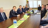 Ūkio ministro pažintis su Rokiškio verslu – medumi pasaldintas realybės kartėlis