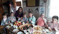 Nedaug mažylių susirinko į Šepetos Velykėles, bet šventė buvo smagi
