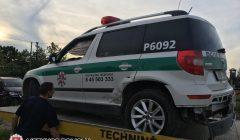 Autoįvykyje susižalojo policininkai