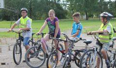 Alizaviečio mokytojo iniciatyvos patiko miestelio dviratininkams