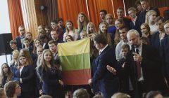 Subačiaus gimnazijos 100-mečio proga – senučiukė tautinė vėliava