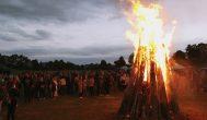 Akimirkos iš Joninių šventės prie Kupiškio piliakalnio