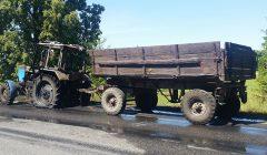 Anykščių komunalininkai traktoriuko, panašu, neberemontuos
