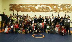 Ant imtynių kilimo – Anykščių, Troškūnų ir Kupiškio jauni imtynininkai