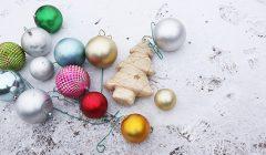 Trumpai: paseno Kupiškio kalėdinės eglės burbulai…