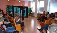 Alizavos mokinius aplankė jų mėgstamas rašytojas Justinas Žilinskas