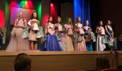"""Kupiškyje vykusio modeliukų konkurso """"Mis Christmas Star-2019"""" karūna atiteko latvei"""