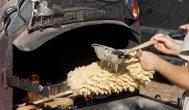 """Vokietijos """"Žaliosios savaitės"""" parodoje rokiškėnai keps šakočius, raikys sūrį"""