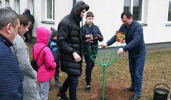 Paketurių vaikų globos namuose svečiavosi Kupiškio FC komandos nariai