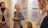Iliustratorės Irenos Meištaitės paroda Kavarsko devintokams tapo dailės pamoka