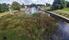 Anykštėnai atsisako šiemet įsigytos upės šienavimo mašinos