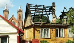 Trumpai: kupiškėnai mano, kad jų namą kažkas padegė