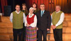 """Alizaviečių """"Brigadėla"""" pasveikino latvių folkloro ansamblį """"Karė"""""""
